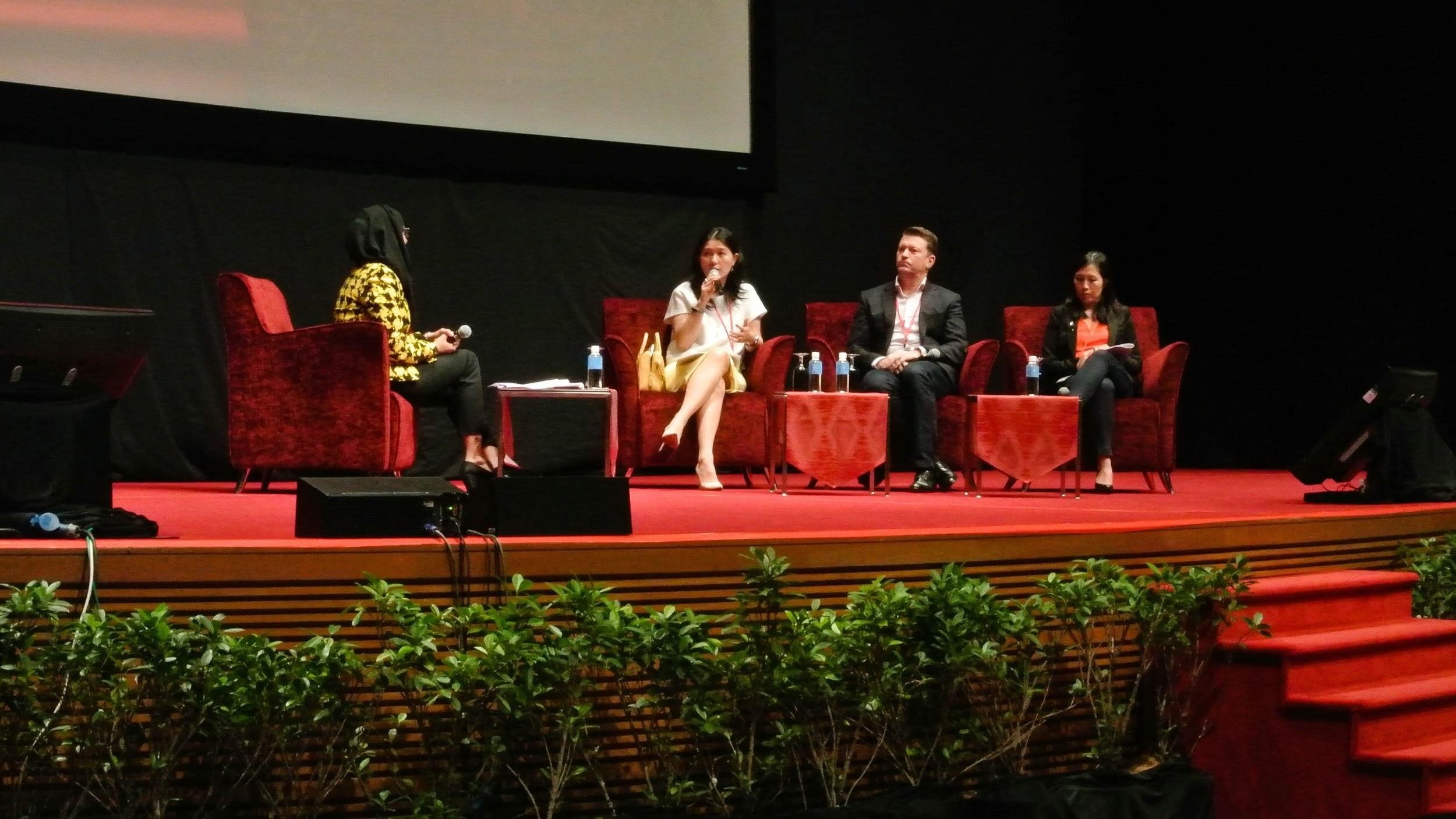 panel_discussion_ymdatin